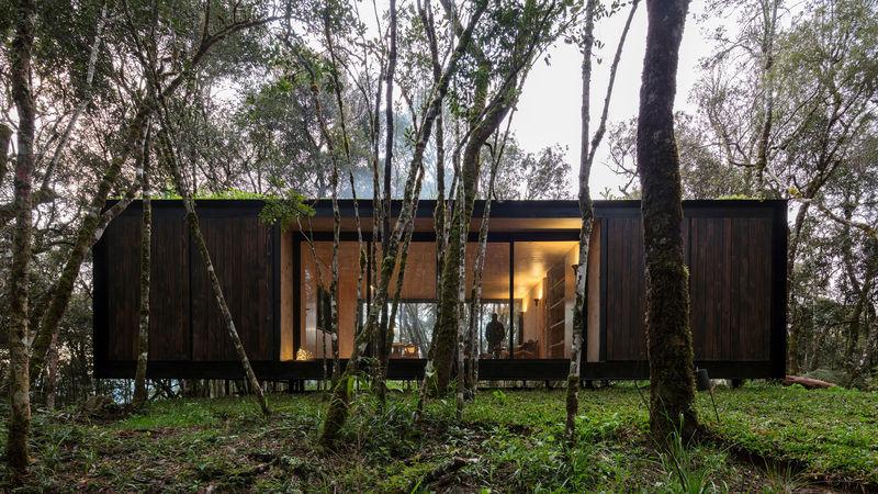 Homey Contemporary Prefab Retreats