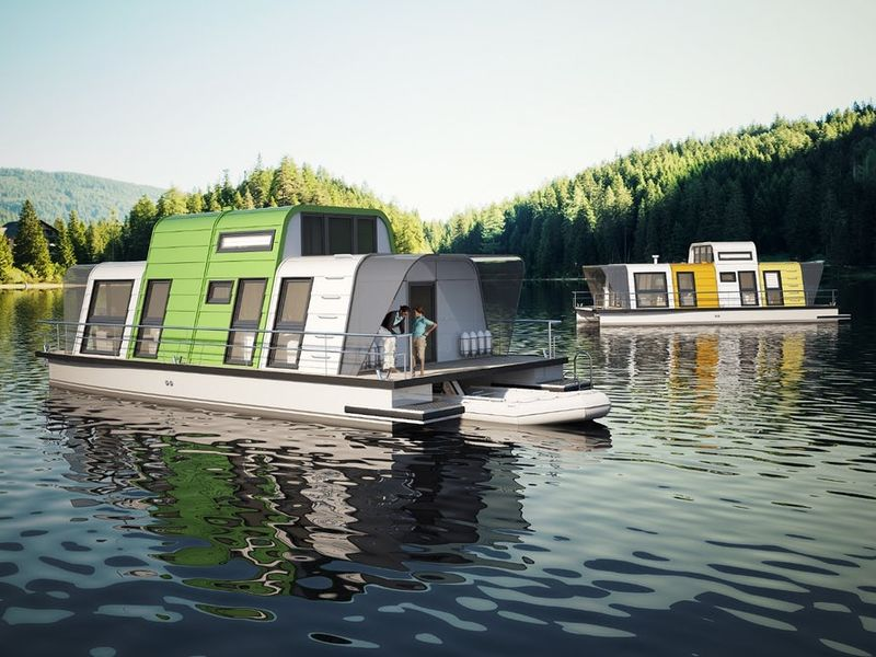 Flexibly Prefabricated Houseboat Designs