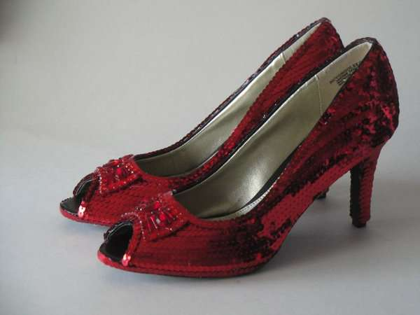 Spectacular Sequined Shoes