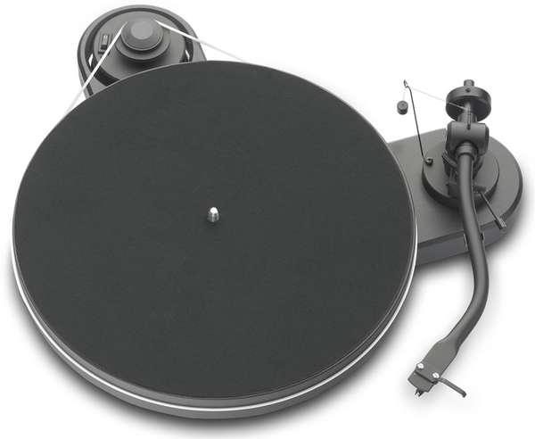 Minimalist Modern Vinyl Players ProJect RPM 13 Genie