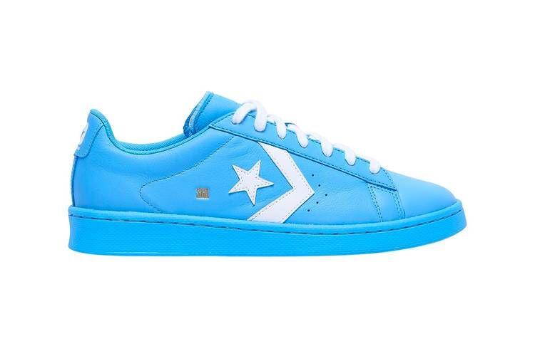 Stark Blue Low-Cut Sneakers
