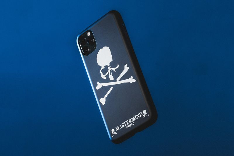 Skull-Graphic Smartphone Cases