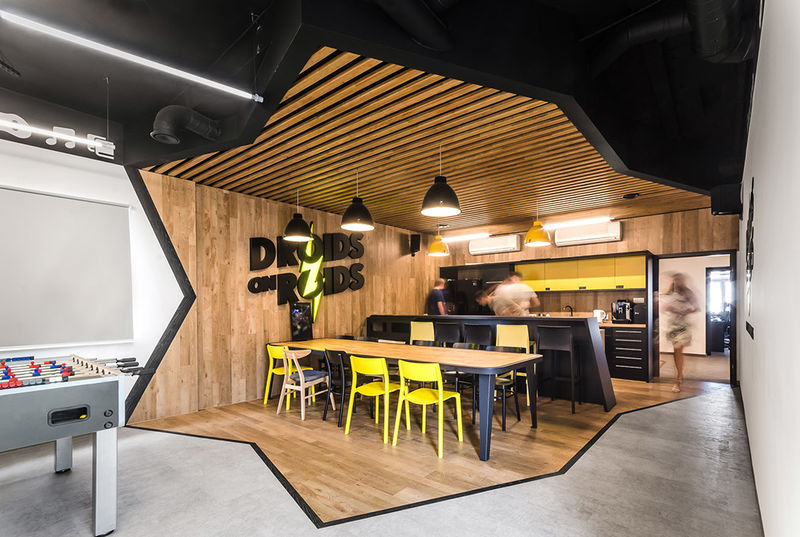 Tech-Inspired Programmer Offices
