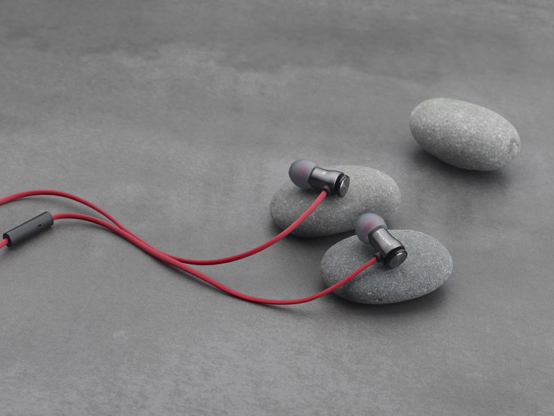 Noise-Cancelling Earbuds