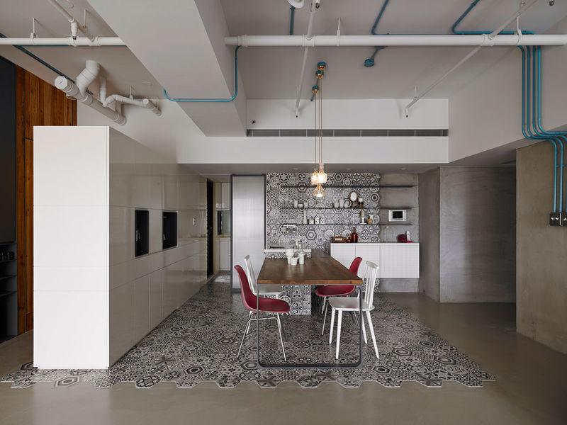Adaptable Social Apartments