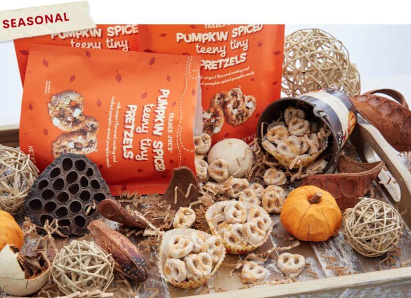 Mini Pumpkin-Spiced Pretzels