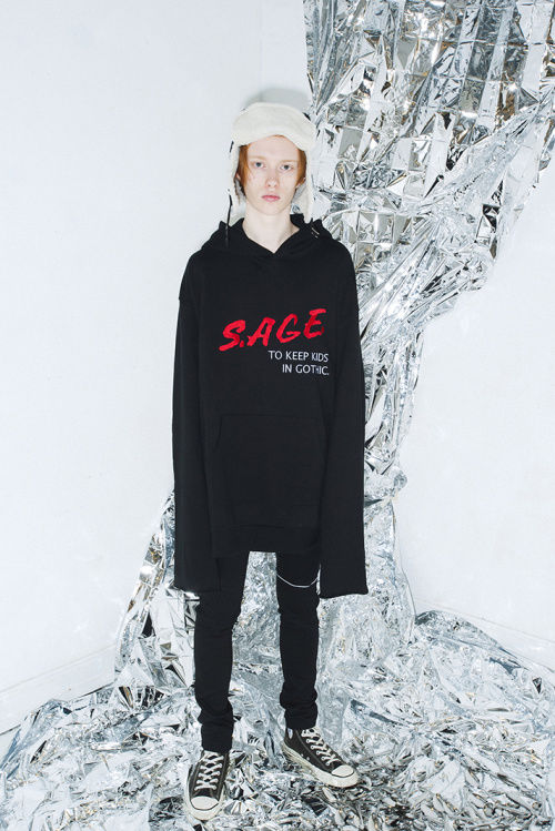 Oversized Gothic Streetwear
