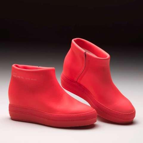 Vibrantly Rubber Kicks
