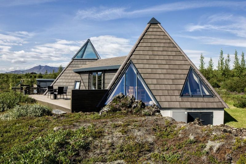 Pyramid-Shaped Vacation Homes