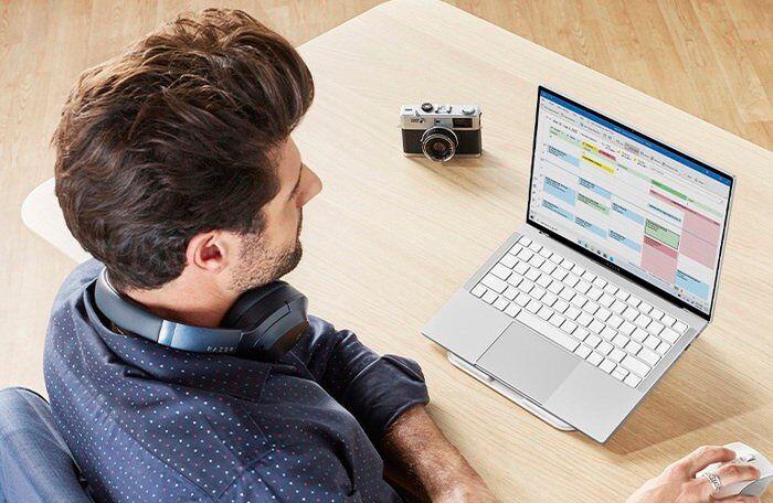 Lightweight Touchscreen Laptops