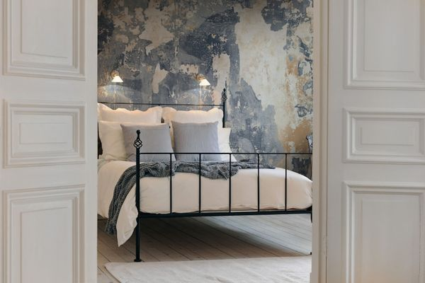 Contemporary Textured Wallpaper