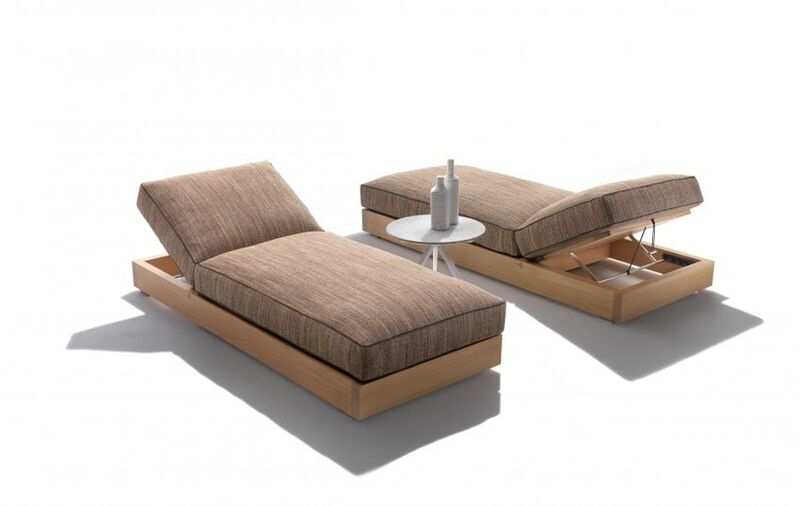 Flexibly Designed Outdoor Daybeds
