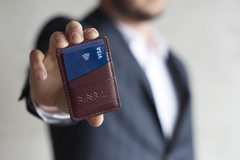Compact Trackable Wallets