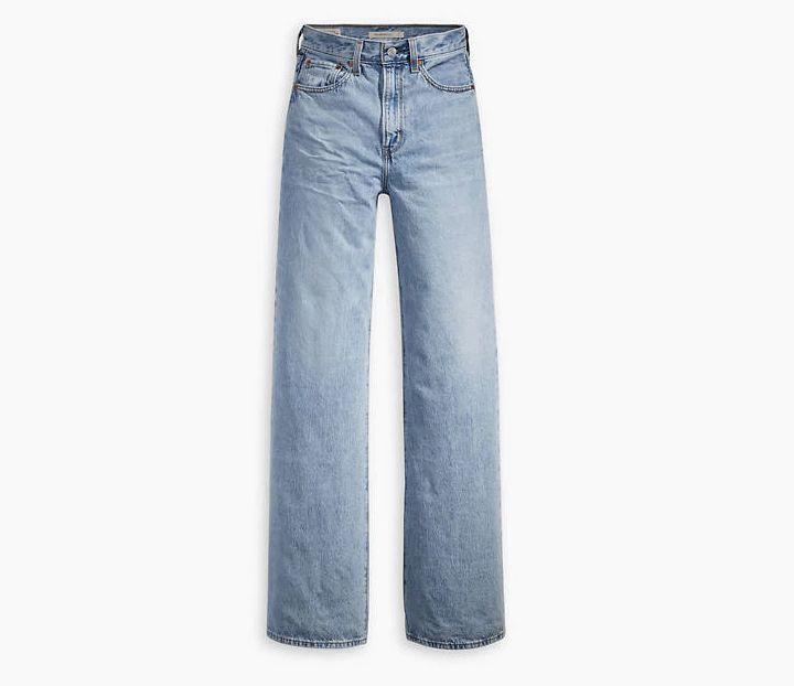 90s-Themed Wide Leg Jeans