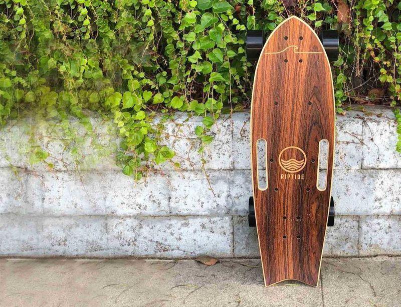 Speedy Electric Commuter Skateboards