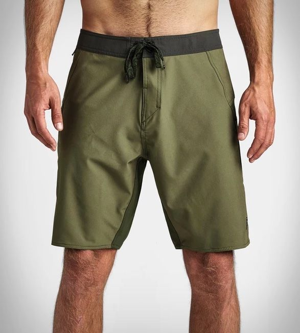 Field-Tested Adventure Shorts - The Roark Passage Boatman Boardshorts Feature a Four-Way Stretch (TrendHunter.com)