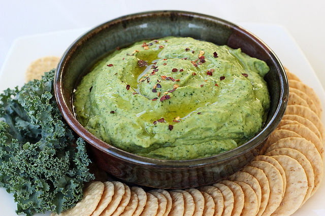 Kale Chickpea Spreads