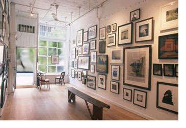 Titillating Minimalist Galleries