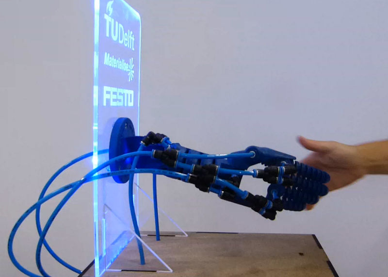 Robotic 3D-Printed Hands