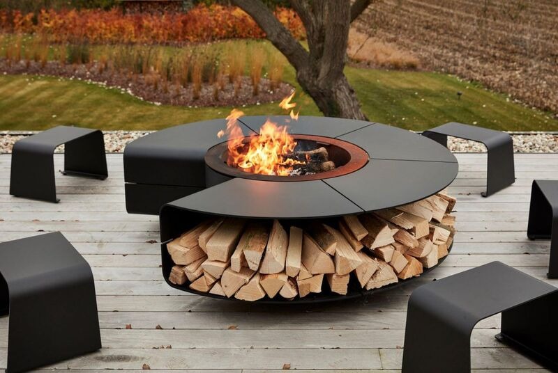 Multi-Functional Outdoor Fireplaces