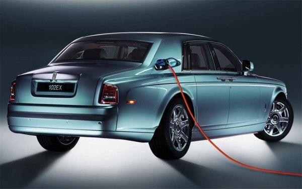 Luxury Hybrid Sedans
