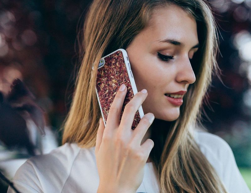 Florally-Infused Smartphone Cases