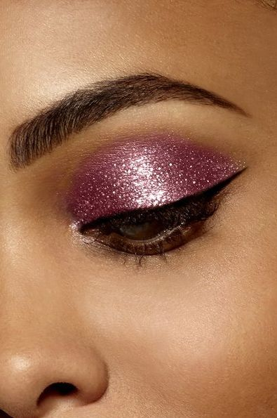 Rosy Metallic Eye Shadows