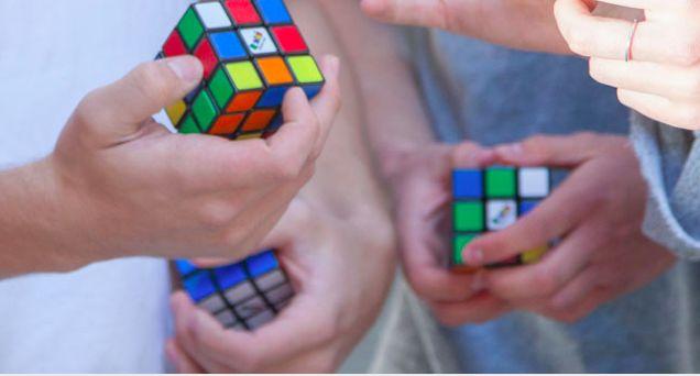 Record Breaking Cube-Solving Livestreams