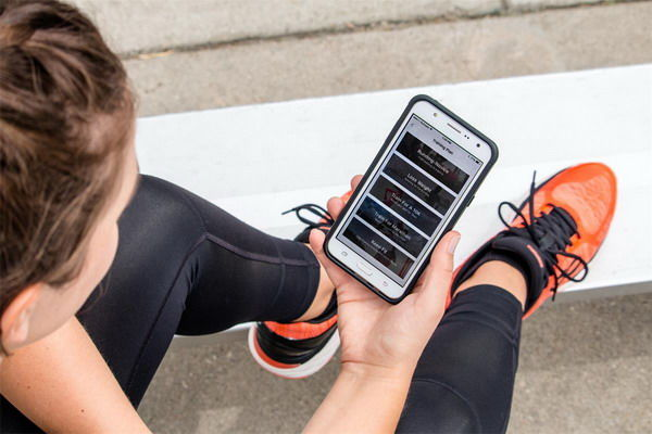 Workout-Tracking Running Shoes