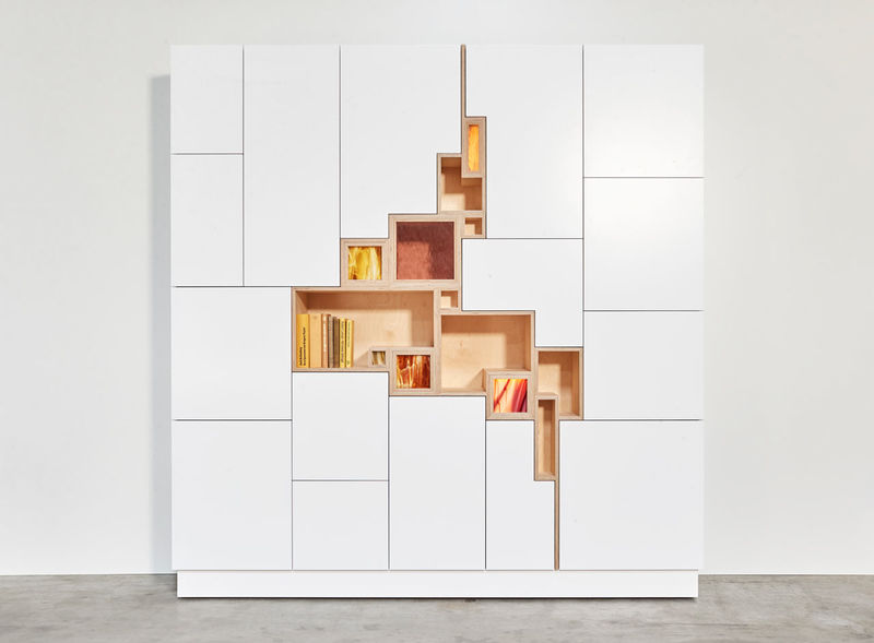 Fissure-Like Wall Cabinets