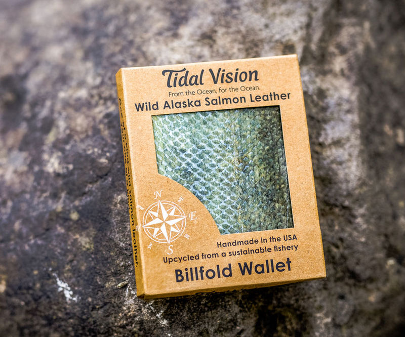 Eco-Friendly Fish Leather Wallets : salmon leather