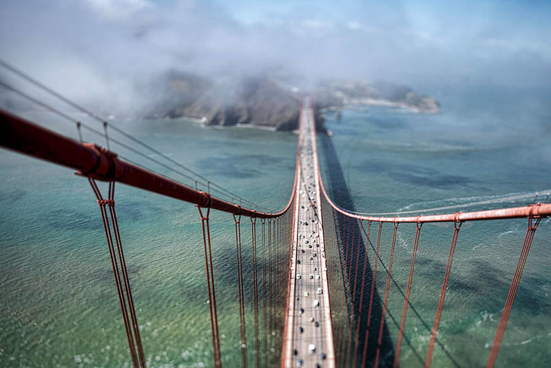 Height-Emphasizing Bridge Photography