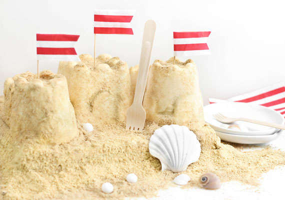 Beachy Sand Castle Cakes