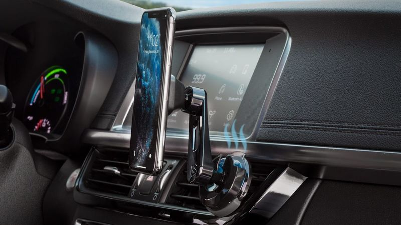 Scented Smartphone Dashboard Mounts