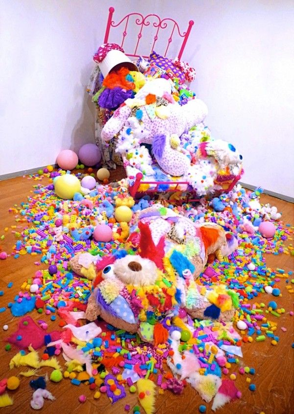Vibrantly Explosive Technicolor Exhibits