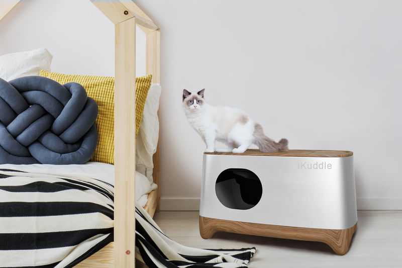 Auto-Packing Litter Boxes