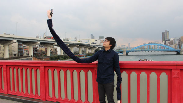 Oversized Arm Selfie Sticks
