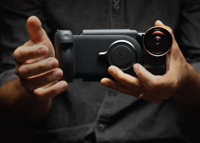 Powered Smartphone Camera Grips