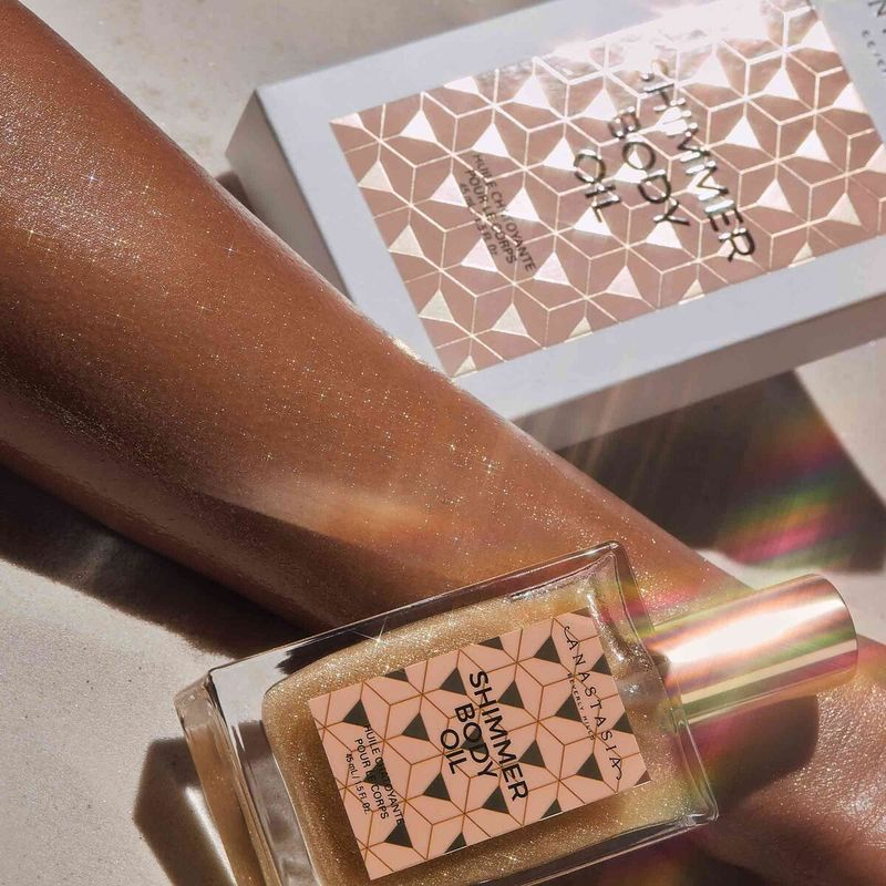 Pearlescent Body Oils - Anastasia Beverly Hills' Shimmer Body Oil is a Lightweight