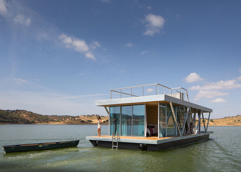 Prefabricated Floating Houses