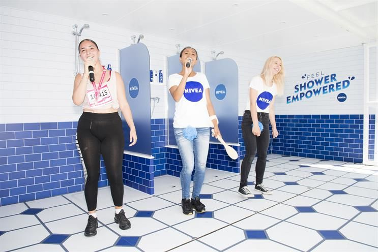 Shower-Themed Singing Events