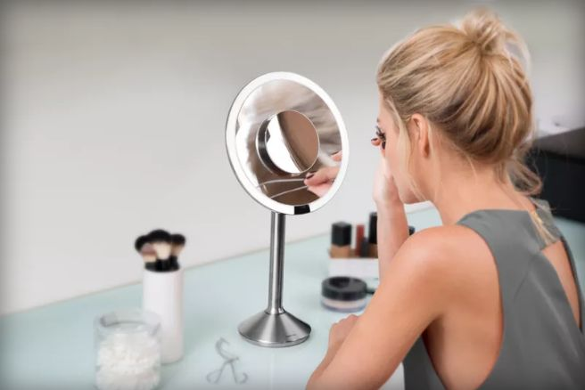 Smart Beauty Mirrors