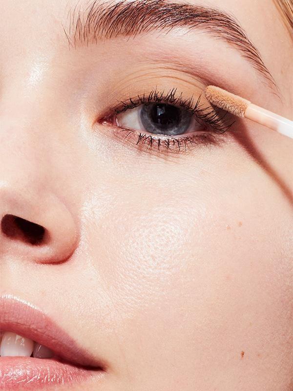 Liquid-to-Powder Eyeshadows