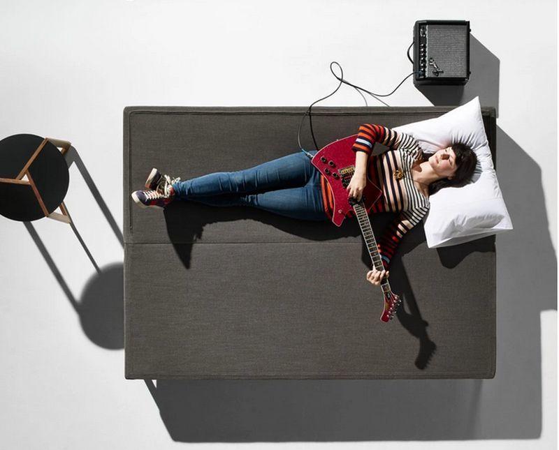 Shapeshifting Sofa Beds