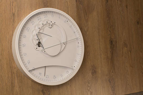 Minute-Missing Timepieces