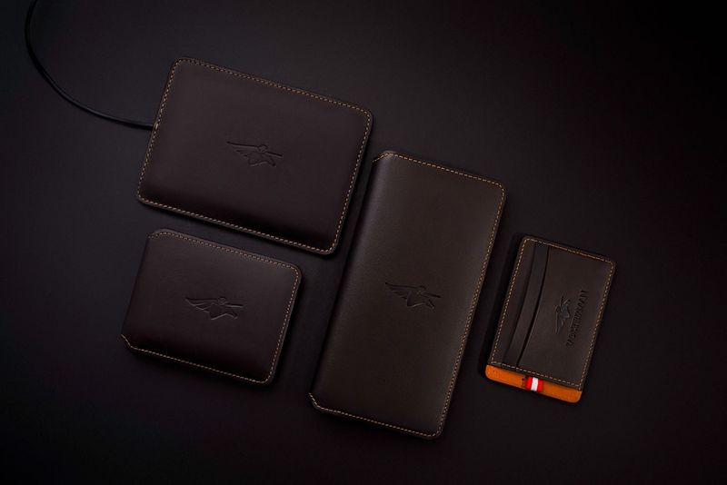 Smartphone-Charging GPS Wallets