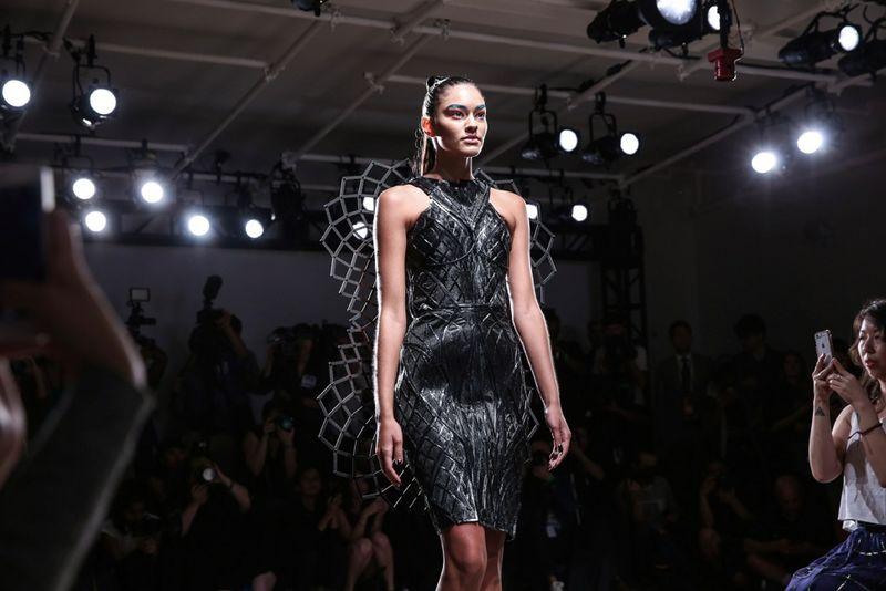 Stress-Detecting Dresses