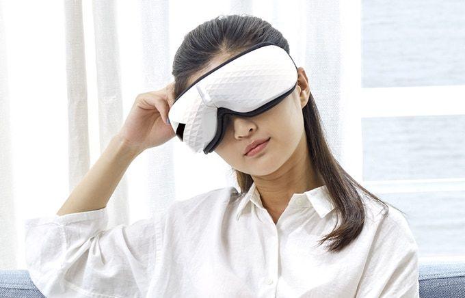Eye Strain-Alleviating Masks