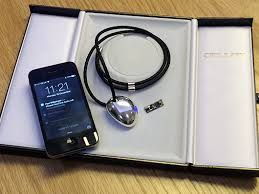 Interconnected Smartphone Jewelry