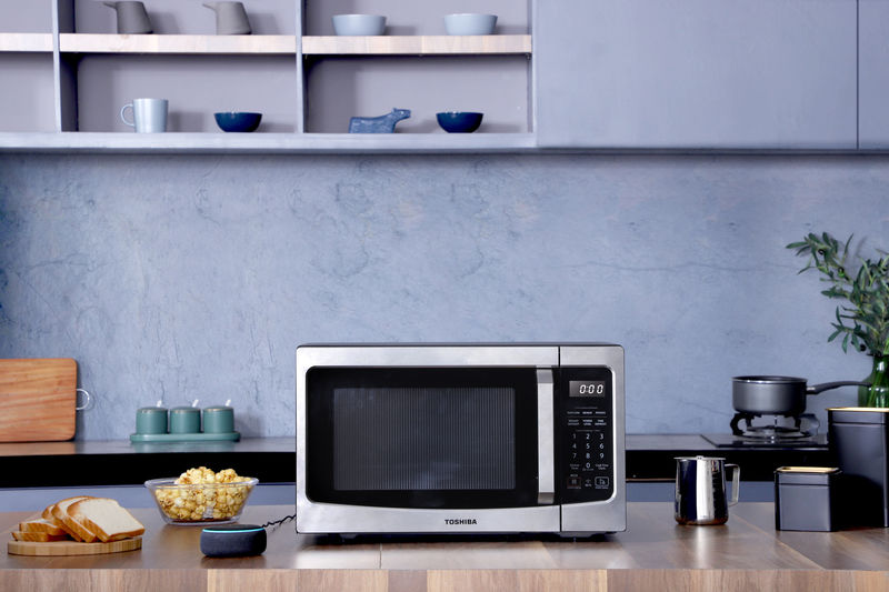 Voice Assistant Microwaves